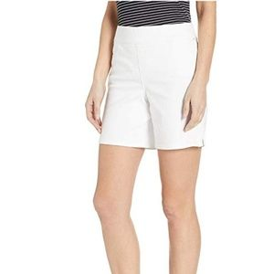 NWT NYJD  Women's Pull-On Shorts in Optic White